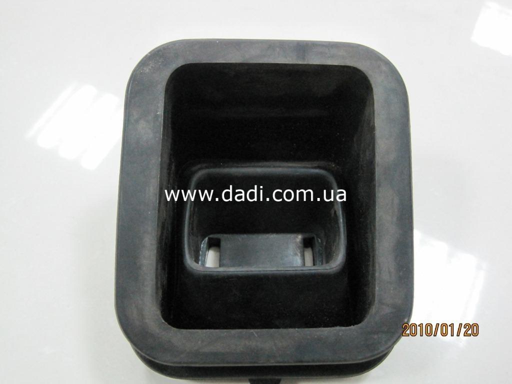 Пильник вилки зчеплення 2,8 DIESEL/ пыльник вилки сцепления-0