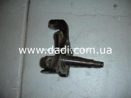 Кулак поворотний правий (DADI Pick-Up 2WD)/ цапфа/ поворотный кулак-0