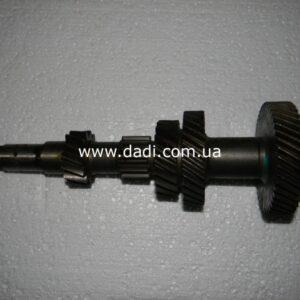 Вал КПП проміжний 2WD 2,2i/ промежуточный вал КПП -0