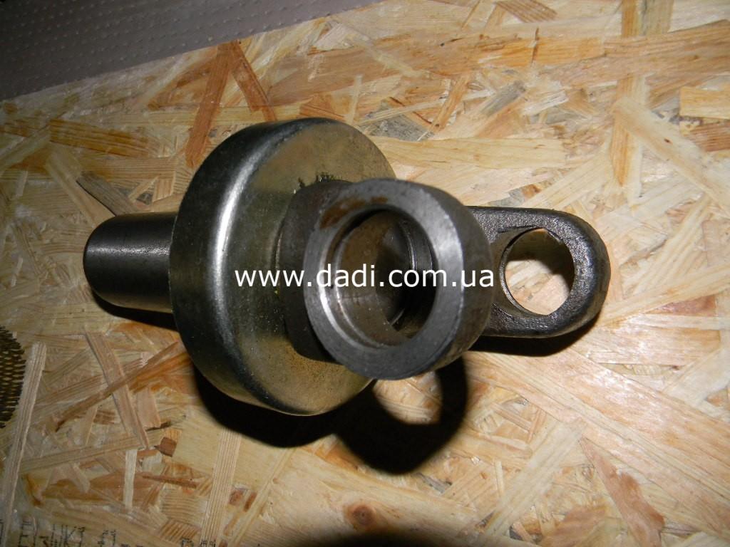 Виделка карданного валу 4WD/ вилка кардана-139