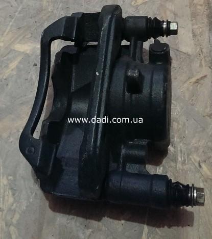 Супорт гальмівний передній правий Pick-Up 2WD/ суппорт тормозной передний правый-903