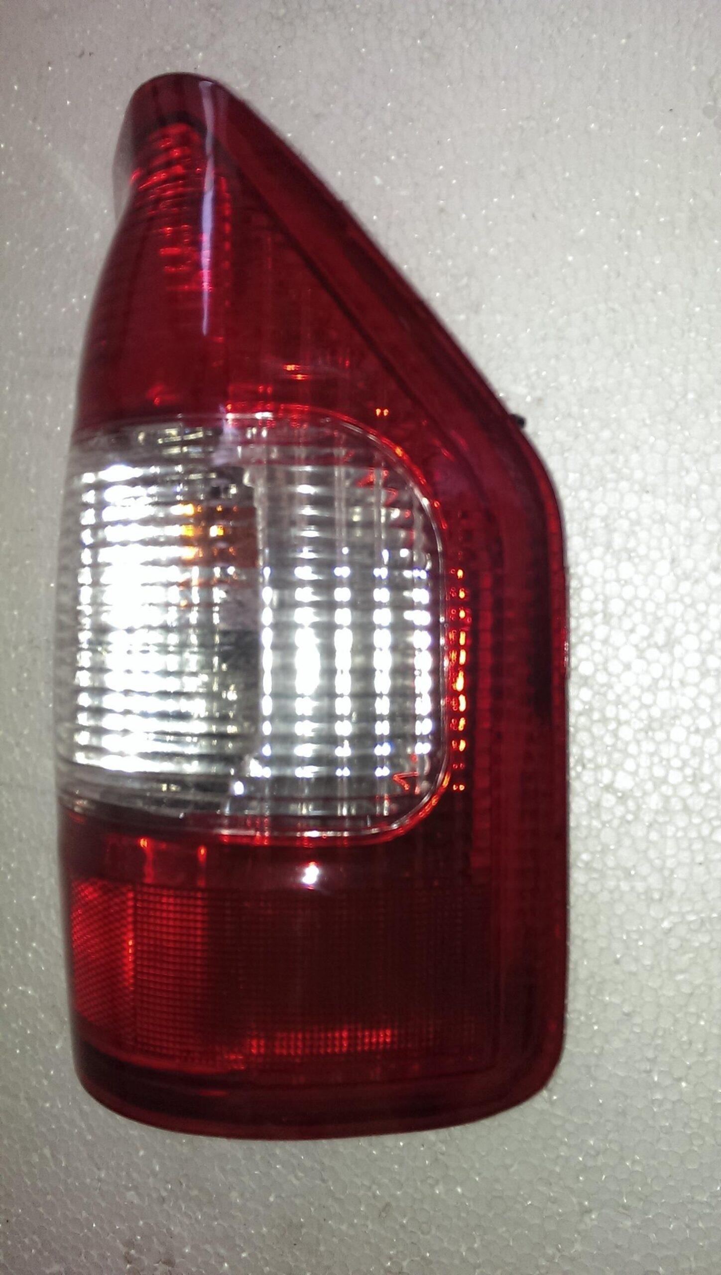 Ліхтар задній правий FOX / фонарь задний правый -0