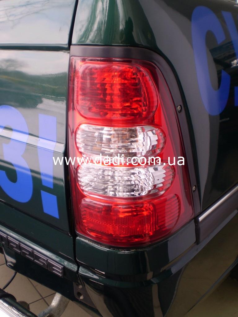 Ліхтар задній правий GROZ Target/ фонарь задний правый -0
