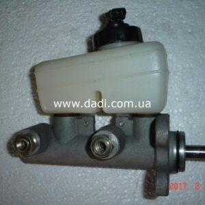 Циліндр гальм головний в зборі DADI/ главный тормозной цилиндр-0
