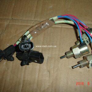 Вимикач сигналу заднього ходу DADI 4WD/ выключатель сигнала заднего хода-0