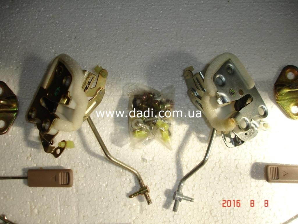 Замки задніх дверей в комплекті DADI 1022/ замки задних дверей к-кт.-729