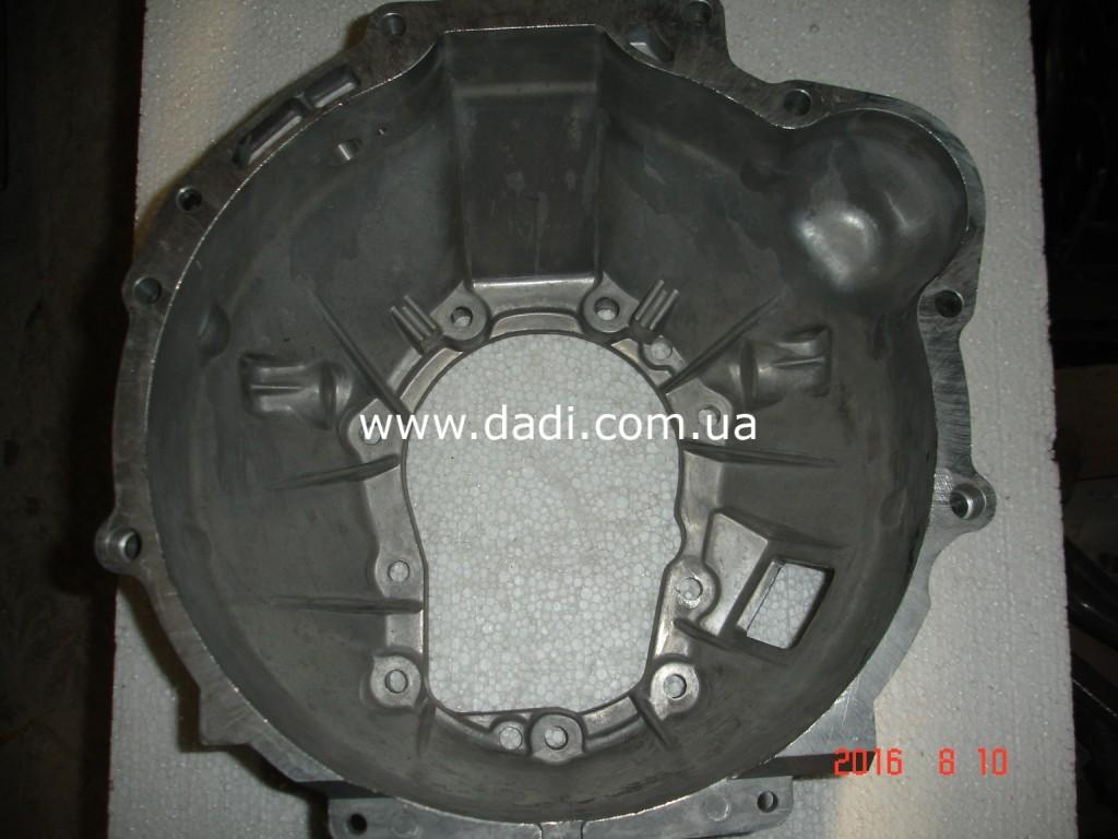 Картер зчеплення 2.4i (4WD)/ картер сцепления-764