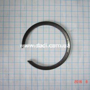 Кільце стопорне втулки задньої піввісі/ стопорное кольцо-0