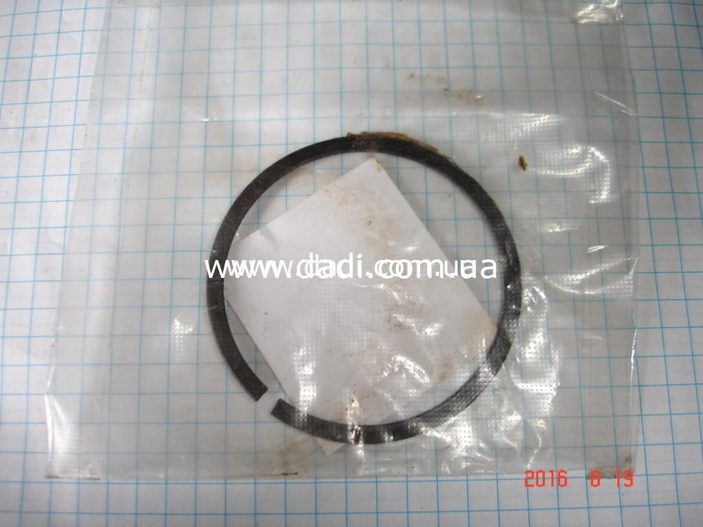 Кільце стопорне підшипника проміжного валу (2WD)/ кольцо стопорное подшипника промвала-0