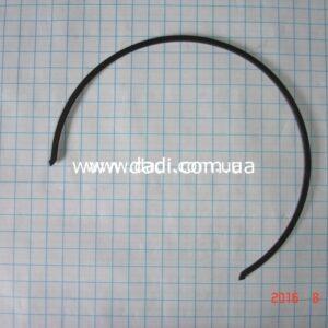Кільце стопорне синхронізатора 1-2-ї передач/ кольцо стопорное синхронизатора 1 - 2 пер.-0