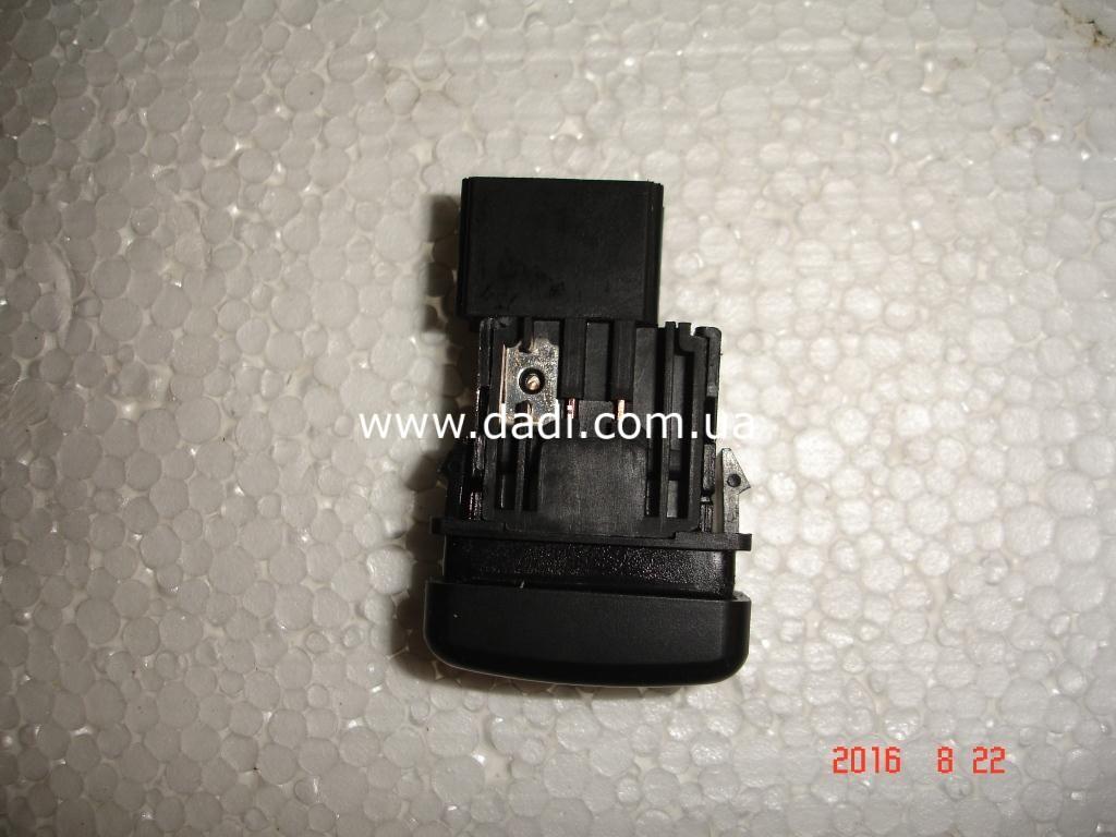 Кнопка увімкнення противотуманих фар/ кнопка передних ПТФ-931
