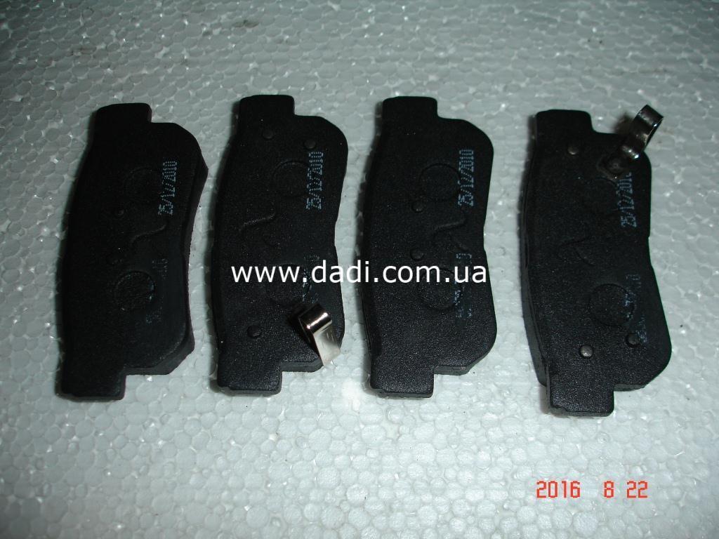 Колодки гальмівні задні дискові Santa-Fe / колодки тормозные задние дисковые-0