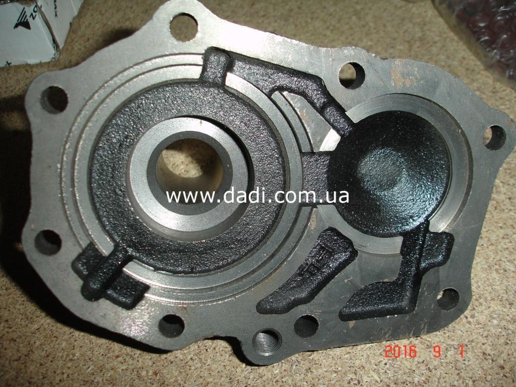 Кришка передня КПП 2,4i / крышка кпп передняя-998