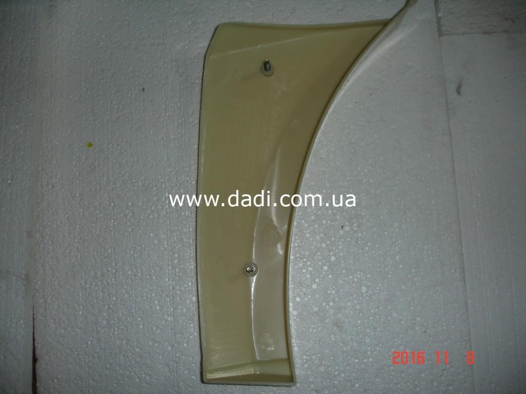 Накладка переднього бамперу, права Xinkai 6490/ накладка переднего бампера, правая-1026