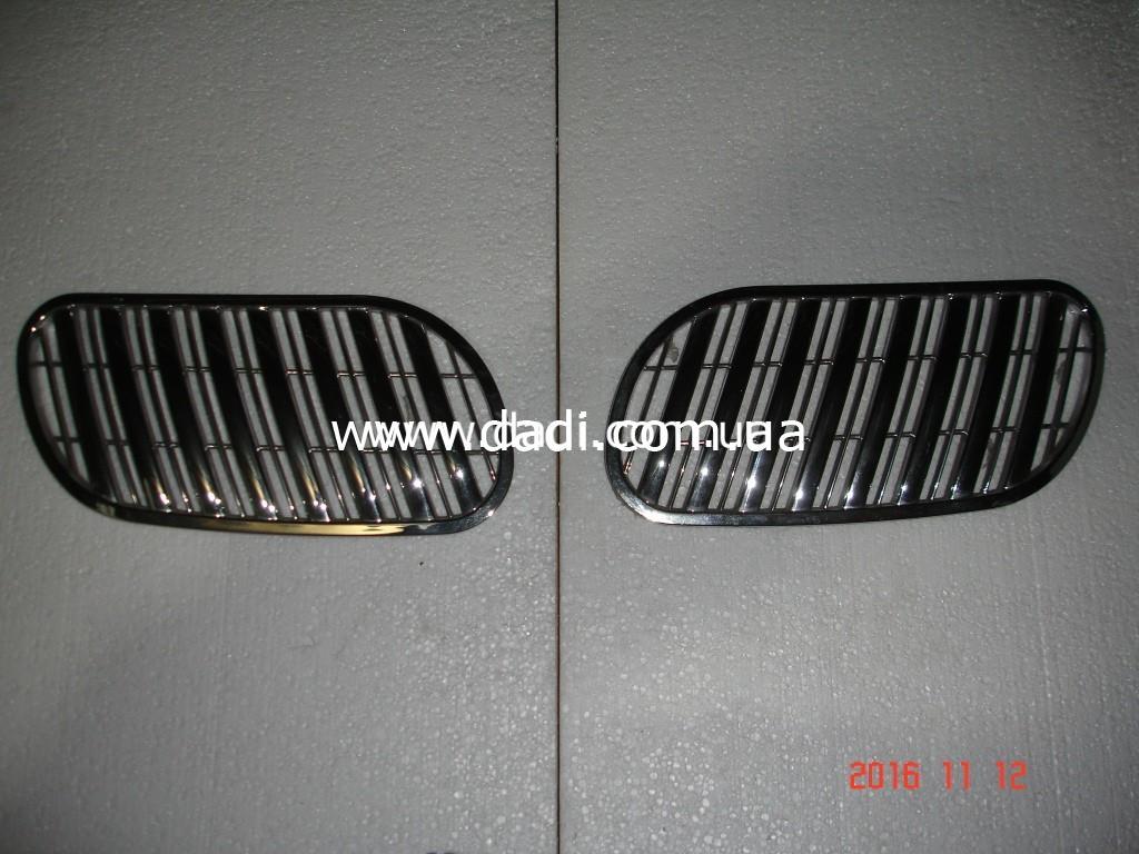 Решітки радіатора TARGET(пара)/ решетка радиатора-0