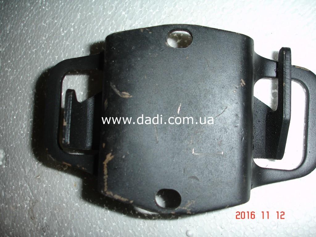 Опора двигуна права 2,8D / опора двигателя/ подушка двигателя-1070