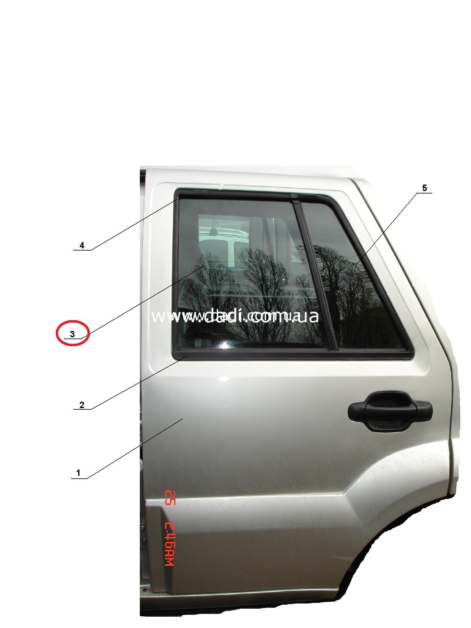 Скло задніх лівих дверей DADI Shuttle/ стекло задней левой двери-0