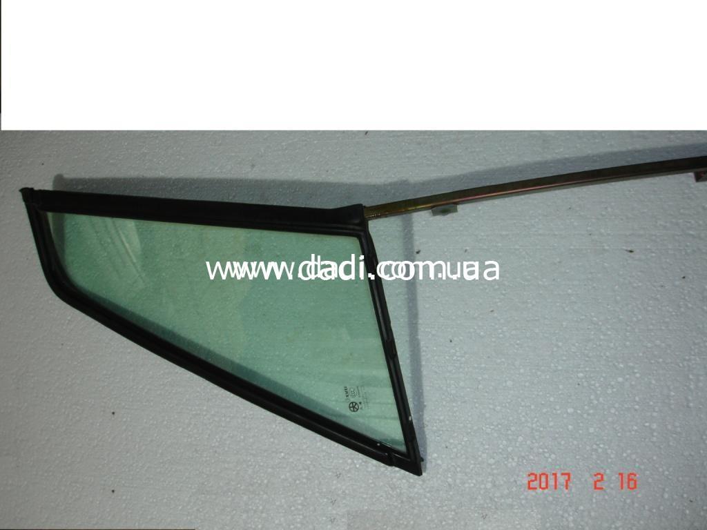 Скло глухе задніх правих дверей/ стекло задней правой двери, глухое-0