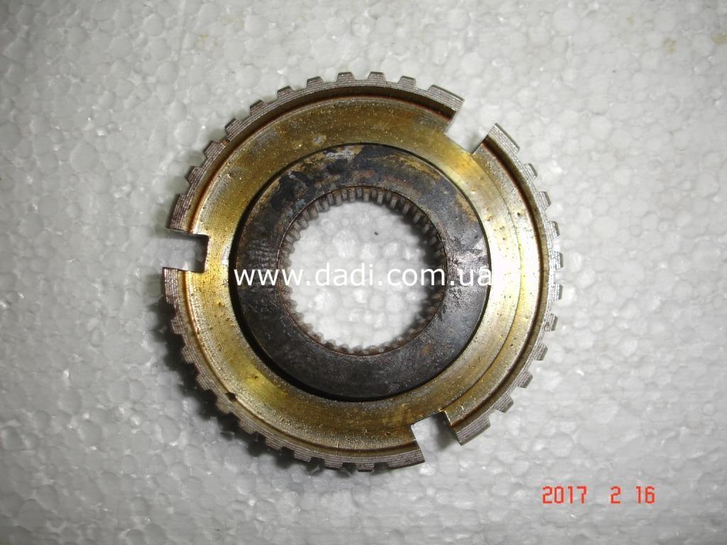 Маточина синхронізатора 1-2 передачі/ ступица синхронизатора-0
