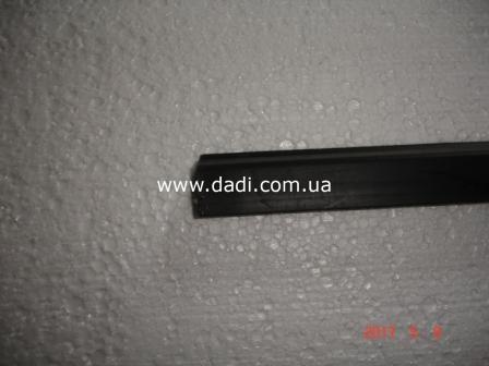 Ущільнювач скла передніх лівих дверей DADI/ уплотнитель стекла передней левой двери-1644