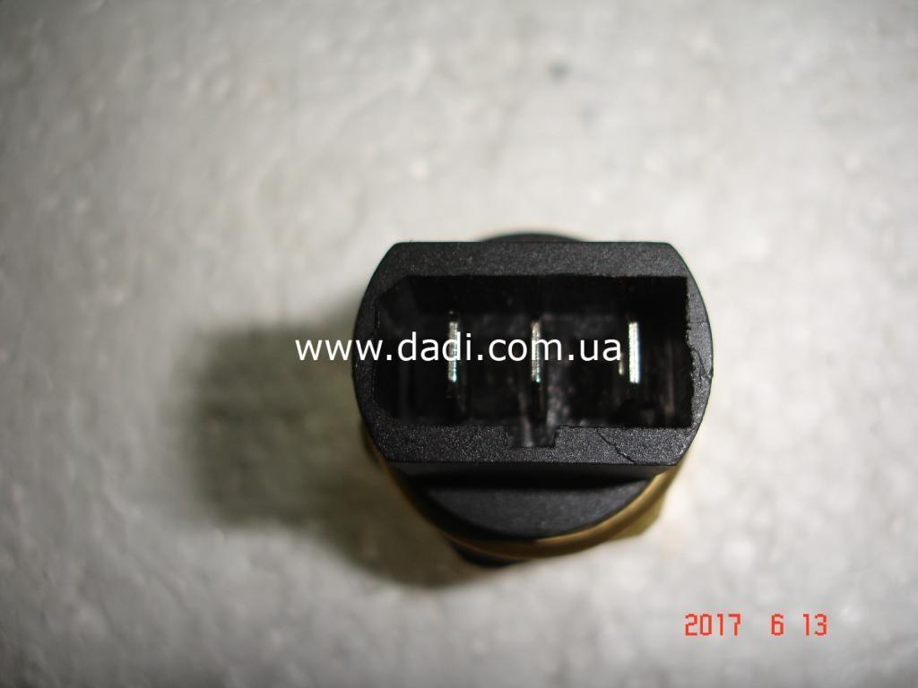 Датчик температури двигуна (вентилятор) 2,8D/ датчик температуры-1698